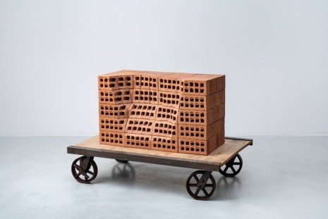 Mona Hatoum, A Pile of Bricks IV, 2019, Galerie Chantal Crousel