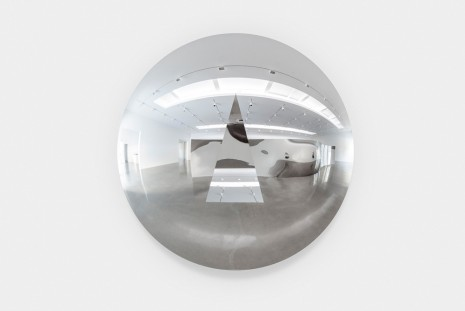 Anish Kapoor, Concave Convex Mirror (Acute Triangle), 2019 , Regen Projects