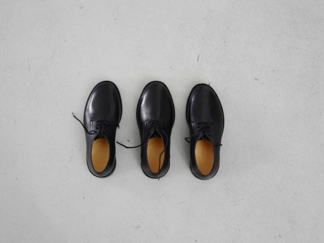 Jason Dodge, Shoes made for someone with three feet by a master shoemaker in Berlin, , Casey Kaplan