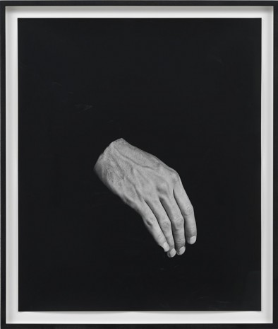 Talia Chetrit, Hand on Body (Thigh), 2012, Sies + Höke Galerie