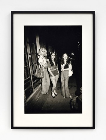 Nan Goldin, Best friends going out, Boston, 1973, Marian Goodman Gallery