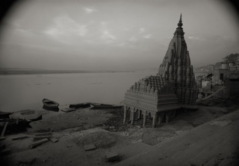 Kenro Izu, Varanasi #105, India, 1997, Howard Greenberg Gallery