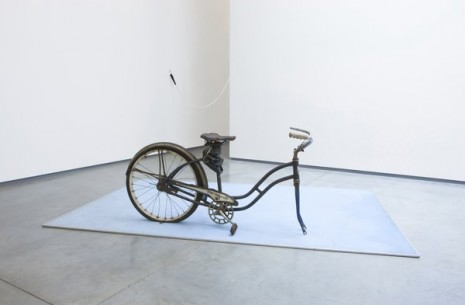 Vlassis Caniaris, Bicycle, 1974, team (gallery, inc.)
