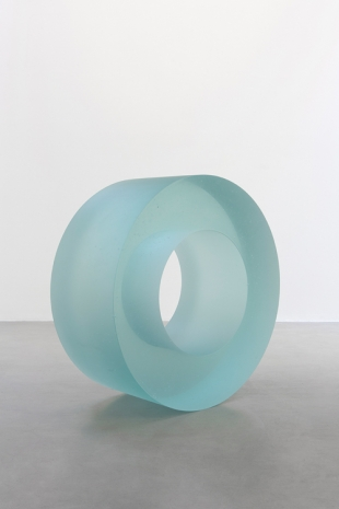 Ann Veronica Janssens, Blue Glass Roll 405/2, 2019 , kamel mennour