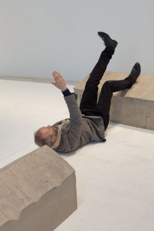 Erwin Wurm, Performance, 3 March 2013, Galerie Thaddaeus Ropac