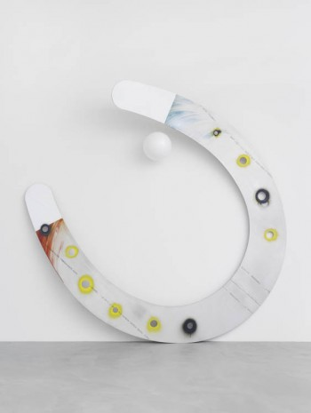 Mark Handforth, Twisted Horseshoe, 2013, Galerie Eva Presenhuber