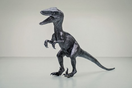 Rob Pruitt, A Fiberglass-model of a Velociraptor Dinosaur, Varnished in Cosmi-chrome, 2012, Galerie Thaddaeus Ropac