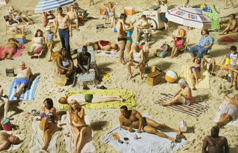 Alex Prager, Crowd #3 (Pelican Beach), 2013, Lehmann Maupin
