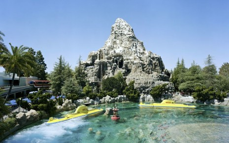 Thomas Struth, Mountain, Anaheim, California, 2013, Marian Goodman Gallery