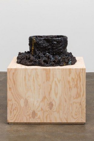 Mai-Thu Perret, Among gods and humans, only I know, 2014, David Kordansky Gallery
