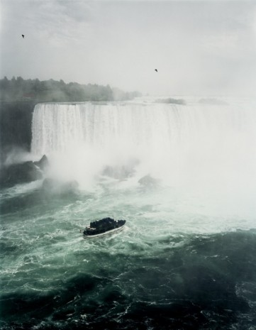 Andreas Gursky, Niagara Falls, 1989, Sprüth Magers