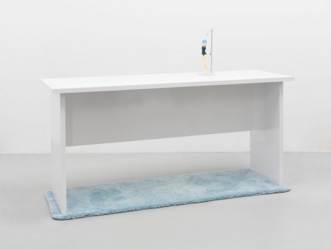 Louis Eisner, Table shrine atomizer, 2014, rodolphe janssen