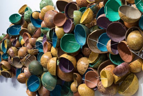 Pascale Marthine Tayou, Colorful Calabashes (detail), 2014, Galleria Continua