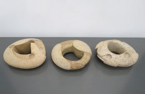 Gabriel Orozco , Set of three Ringstones, 2014, Galerie Chantal Crousel