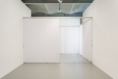 Gabriel Sierra, How to control the view of a room any kind of days, 2009-2014, Mehdi Chouakri
