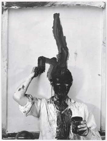 Günter Brus, Selbstbemalung I (Kopfzumalung) [Self-Painting I (Total Head Painting)], 1964, Hauser & Wirth