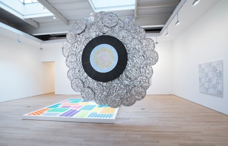 Michelle Grabner, Oyster #9, 2014, James Cohan Gallery