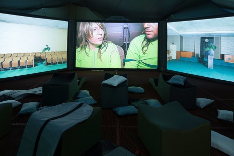 Lizzie Fitch / Ryan Trecartin, Ledge, 2014, Regen Projects