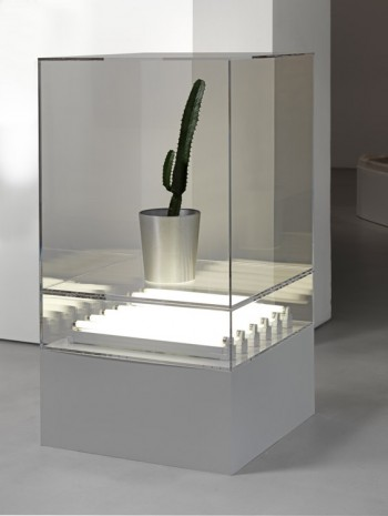 Jonathan Monk, Display Case With Contents Determined By The Here And Now, 2011, Lisson Gallery