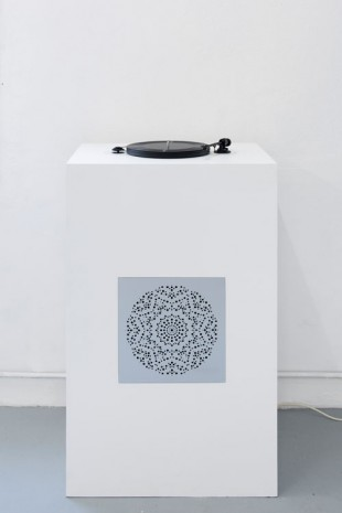 Melik Ohanian, Datcha Project - Record Collection Vol. 01 (with audio dispositive), 2014, Galerie Chantal Crousel