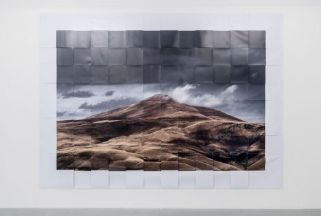 Melik Ohanian, Datcha Project - Weaving Photographs, From... #001, 2014, Galerie Chantal Crousel