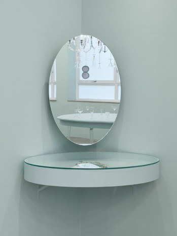 Barbara Bloom, Semblance of a House: Vanity Table, 2013, Galerie Gisela Capitain