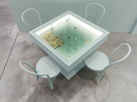 Barbara Bloom, Semblance of a House: Game Table, 2013, Galerie Gisela Capitain