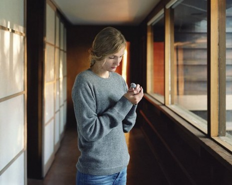 Sharon Lockhart, Untitled (Girl with Bird), 2011, Giò Marconi