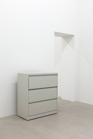 Kaz Oshiro, Lateral File Cabinet (Almond #1), 2015, galerie frank elbaz