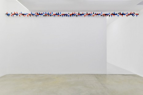 Claire Fontaine, Untitled (Rotary spike: Noir profond/ Blanc/ Rouge Paris/ Bleu de kossou), 2015, Air de Paris