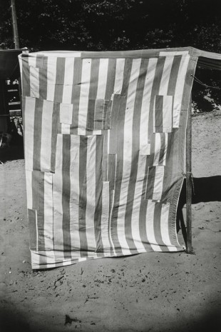Ellsworth Kelly, Beach Cabana, Meschers, 1950, Matthew Marks Gallery