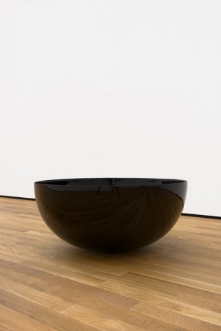Stephen Lichty, Bowl, 2016, Foxy Production