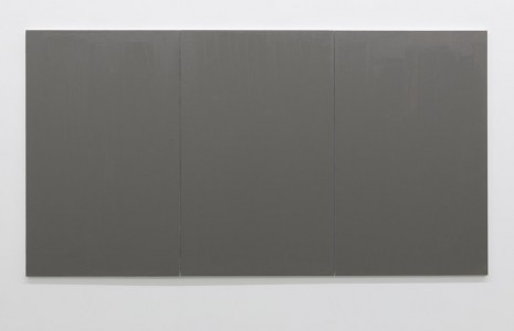 Claire Fontaine, Untitled (Fresh monochrome / grey / grey / grey), 2016, Galerie Neu