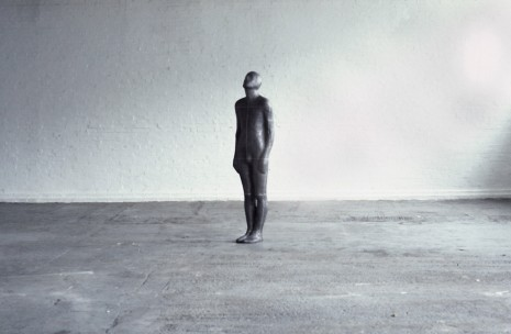 Antony Gormley, BRIDGE, 1985, Sean Kelly