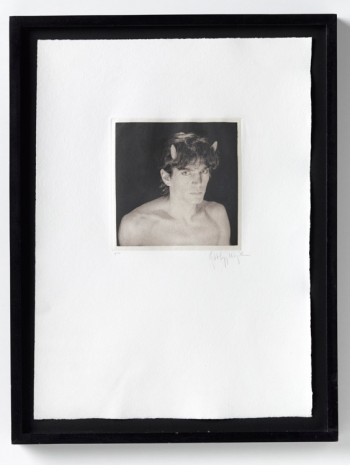 Robert Mapplethorpe, Self Portrait, 1986, Galerie Thaddaeus Ropac