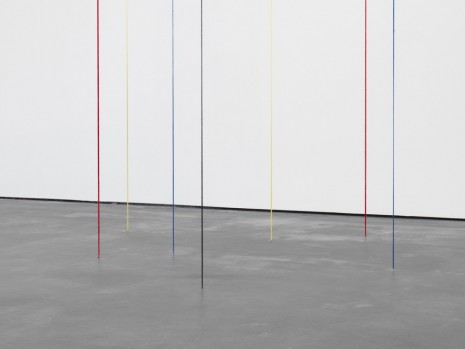 Fred Sandback, Untitled (Seven-part Vertical Construction), (detail), 1987, David Zwirner