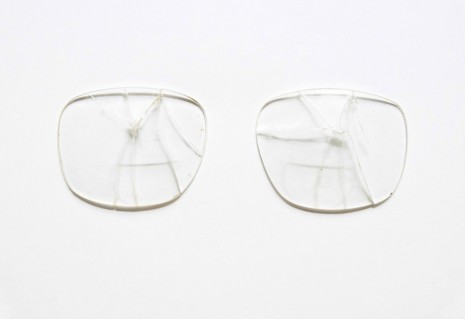 Ignasi Aballí, Attempt of reconstruction (glasses), 2016, Galerie Nordenhake