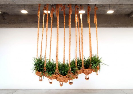 Ernesto Neto, Flying fern, cater-­‐boa-­‐pillar, cleaning air, cleaning earth, 2016, Tanya Bonakdar Gallery