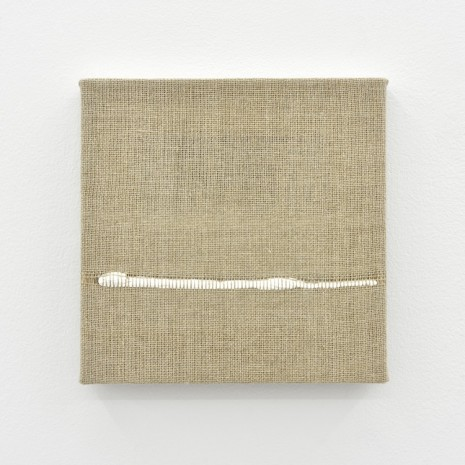 Analia Saban, Composition for Woven Horizon Line (White), 2017, Praz-Delavallade