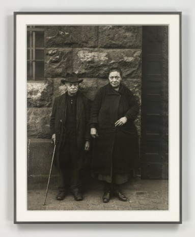 August Sander, Bettlerehepaar (Beggars, Married Couple), 1928 (printed 1972), Hauser & Wirth