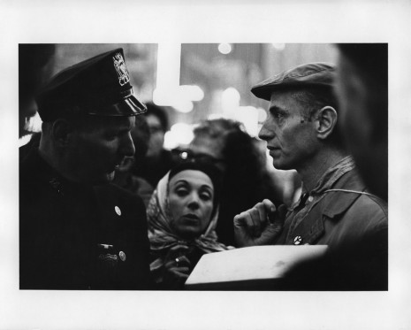 Peter Moore, [March for Freedom of Expression, New York, Julian Beck speaks with officer], 1964, Paula Cooper Gallery