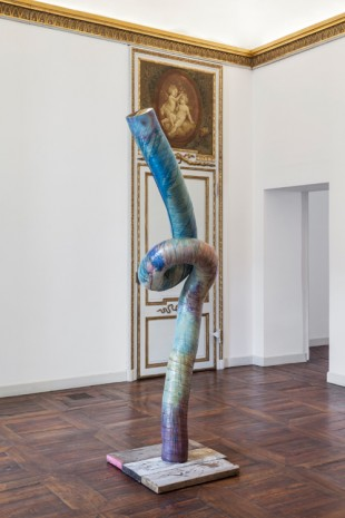 Mark Handforth, Painted Worm, 2017, Galleria Franco Noero