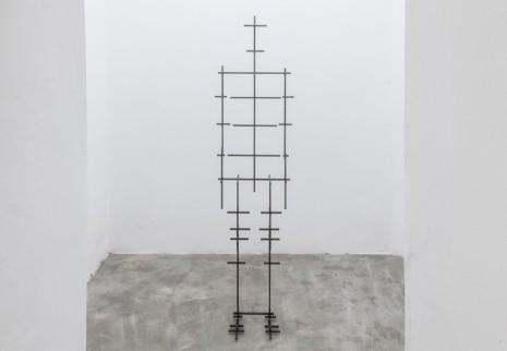 Antony Gormley, MEAN III, 2016, Galleria Continua