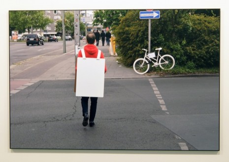 Joao Felino, Sandwiched (in Berlin), Reichpietschufer [ † Radfahrer ' 72 Jahre ' 04.04.2014 / † Bicyclist ' 72 Years old ' 04.04.2014 ], May 20, 2015, , Cristina Guerra Contemporary Art