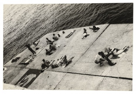 Alvin Baltrop, The Piers (sunbathing platform with Tava mural), n.d. (1975-1986), Galerie Buchholz
