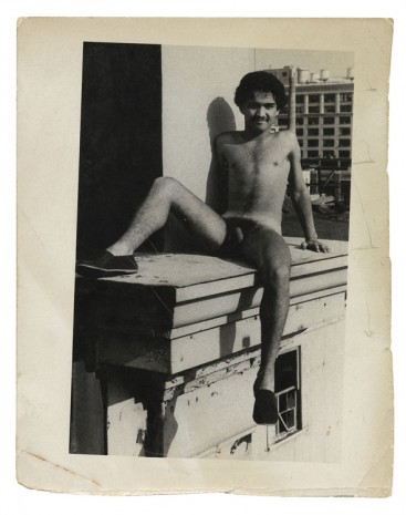 Alvin Baltrop, The Piers (man sitting on ledge), n.d. (1975-1986), Galerie Buchholz
