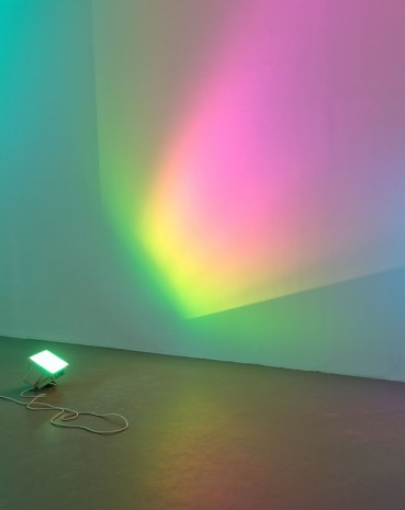 Ann Veronica Janssens, Hot Pink Turquoise (crop), 2006 , White Cube