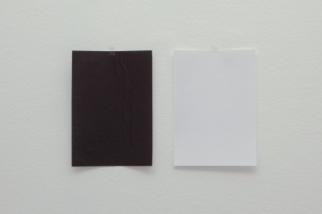 Wilfredo Prieto, The impossibility for the black to be white and for the white to be black, 2018, Annet Gelink Gallery
