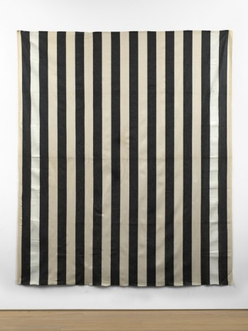 Daniel Buren, Peinture acrylique blanche sur tissu rayé blanc et noir (White acrylic paint on striped black and white cotton canvas), 1971, Simon Lee Gallery