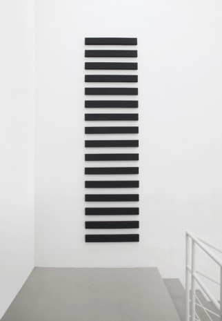 Alan Charlton, 6 Horizontal Parts, 1999, A arte Invernizzi